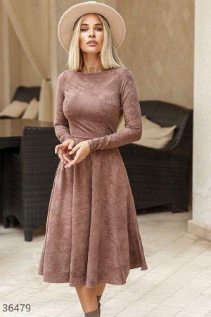 Замшевое платье шоколадного оттенка