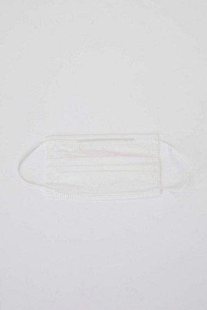 Маска Размеры модели: рост: 1,89 грудь: 98 талия: 76 бедра: 96 Надет размер: STD Polipropilen 100%