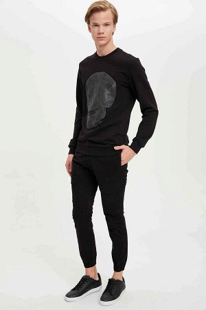 брюки Размеры модели: рост: 1,88 грудь: 96 талия: 79 бедра: 95 Надет размер: 30  Хлопок 97%,Elastan 3%