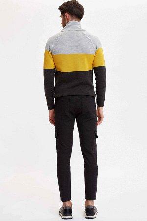 брюки Размеры модели: рост: 1,89 грудь: 100 талия: 74 бедра: 97 Надет размер: размер 32 - рост 30  Хлопок 93%,Elastan 2%, Полиэстер 5%