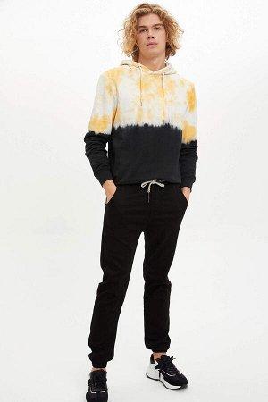 брюки Размеры модели: рост: 1,88 грудь: 98 талия: 75 бедра: 94 Надет размер: 30 Elastan 3%, Полиэстер 32%, Хлопок 65%