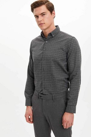 рубашка Размеры модели: рост: 1,89 грудь: 98 талия: 80 бедра: 95 Надет размер: M  Хлопок 35%, Полиэстер 65%
