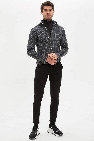 рубашка Размеры модели: рост: 1,89 грудь: 100 талия: 74 бедра: 97 Надет размер: M  Полиэстер 35%, Хлопок 65%