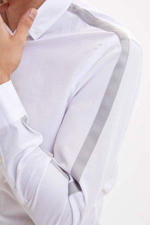 рубашка Размеры модели: рост: 1,89 грудь: 99 талия: 75 бедра: 99 Надет размер: M  Хлопок 60%, Полиэстер 40%