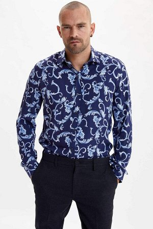 рубашка Размеры модели: рост: 1,88 грудь: 96 талия: 77 бедра: 96 Надет размер: M  Вискоз 100%