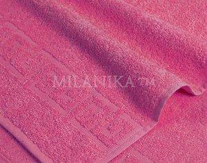 Малиновое махровое полотенце