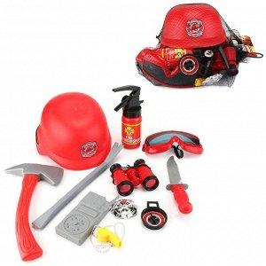 Игровой набор ABtoys Важная работа Пожарный с каской и аксессуарами478