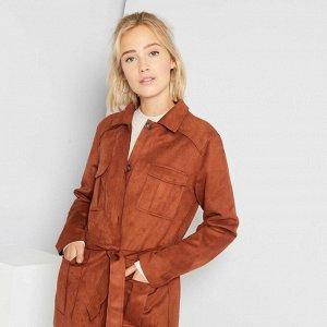 Куртка из искусственной замши с поясом - коричневый