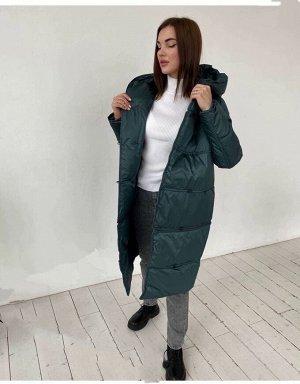 Куртка Куртка-трансформер. Отстёгивается низ куртки и из длинного пуховика превращается в короткий. Теперь легко можно управлять своим образом, комбинируя разные стили.