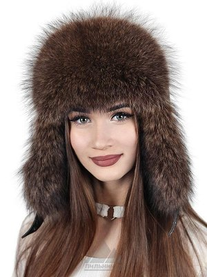 Женская шапка из меха енотаДамиана