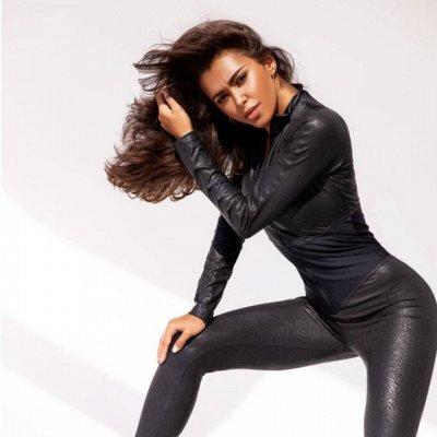 Женская и мужская одежда для фитнеса.Мировые бренды. — Комплекты/Костюмы/Комбинезоны — Для женщин