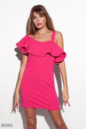Яркое платье-мини на одно плечо