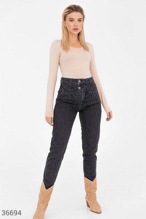 Черные джинсы slouchy