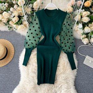 Трикотажное короткое платье с прозрачными рукавами зеленое