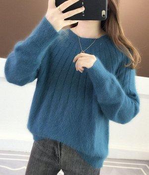 Мягкий свитер на осень и зиму синий