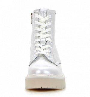 Ботинки демисезон белый
