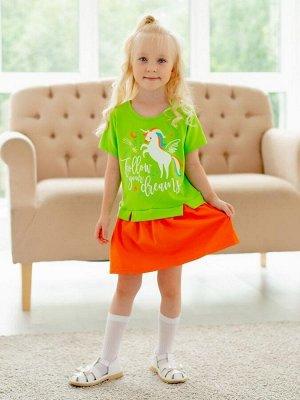 Платье Платье из кулирки салатового цвета для девочки, с коротким рукавом. Юбка в складку, верх имитацитя одетой сверху футболки. Хорошее платье для хороших девочек. Изделие выполнено из трикотажа пре