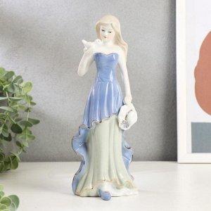 "Сувенир керамика ""Девушка с голубем в руках"" 23х8,5х7,5 см"