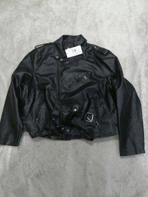Куртка Об груди 120. длина 59