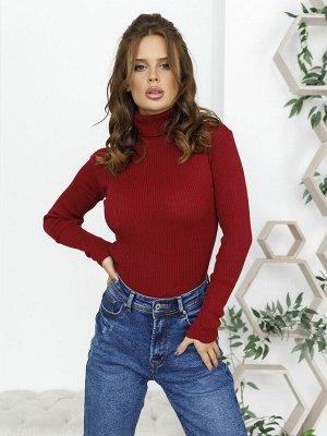 Бордовый фактурный свитер с высоким горлом