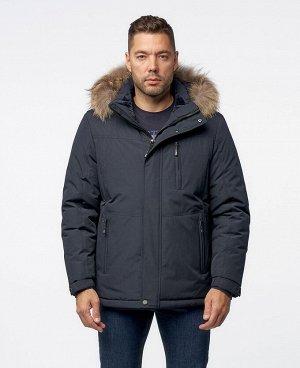 . Темно-синий; Синий;    Куртка ZAA 2723 Стильная, комфортная куртка, изготовлена из качественной ветрозащитной ткани с водоотталкивающим покрытием, имеет нагрудный карман на молнии - удобный для тел