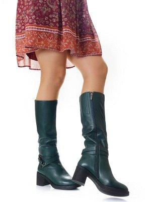 Сапоги Размер женской обуви x: 37 Размер женской обуви: 37, 38, 39, 40 Размер: 37, 38, 39, 40 РАЗМЕРЫ 37,37,37,38,39,39,40,40 натуральная кожа подкладка - натуральный мех (до щиколотки) + мех на текст