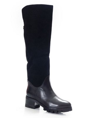 Сапоги Страна производитель: Китай Размер женской обуви x: 38 Полнота обуви: Тип «F» или «Fx» Сезон: Зима Вид обуви: Сапоги Материал верха: Натуральная кожа Материал подкладки: Натуральный мех Каблук/