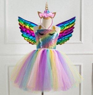 Детское платье, разноцветное, с  темными цветными крыльями