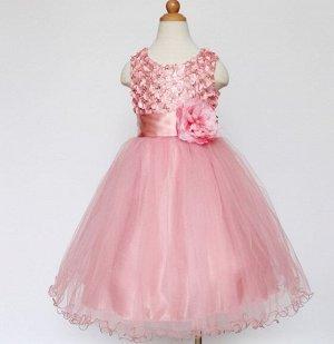 Детское платье, светло-розовое, с цветком