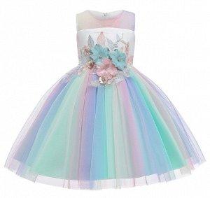 Детское платье, с разноцветной юбкой, с цветами