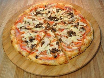 Вкуснейшие Осетинские пироги! А так же кальцоне и пицца!😋  — Пицца на тонком тесте! — Пицца