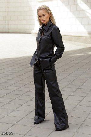 Расклешенные брюки из черной кожи