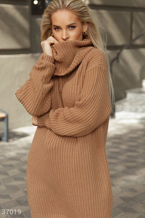 Oversize-туника с вязаной фактурой