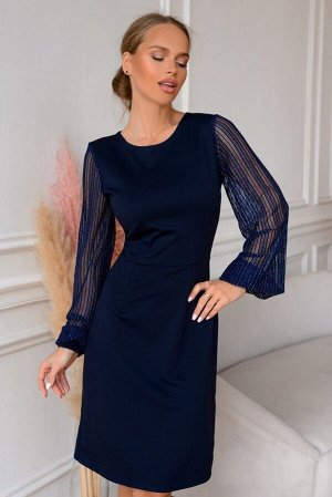 Платье Размер: 42 / 44 / 46 / 48 Трикотажное платье с прозрачными красивыми рукавами. Нити люрекса эффектно переливаются делая образ еще более красивым. Насыщенный синий цвет идеально впишется в любое