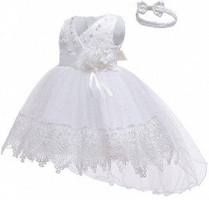 Детское платье, белое со шлейфом и повязкой для волос