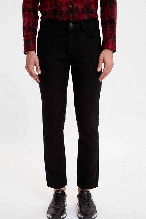 брюки Размеры модели: рост: 1,89 грудь: 100 талия: 74 бедра: 97 Надет размер: размер 32 - рост 30  Хлопок 100%