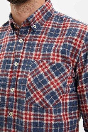 рубашка Размеры модели: рост: 1,89 грудь: 100 талия: 74 бедра: 97 Надет размер: M  Полиэстер 50%, Хлопок 50%