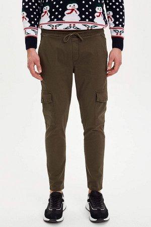 брюки Размеры модели: рост: 1,89 грудь: 98 талия: 80 бедра: 95 Надет размер: размер 30 - рост 30 Elastan 2%, Хлопок 98%