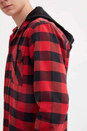 рубашка Размеры модели: рост: 1,87 грудь: 96 талия: 78 бедра: 94 Надет размер: M  Полиэстер 45%, Хлопок 55%