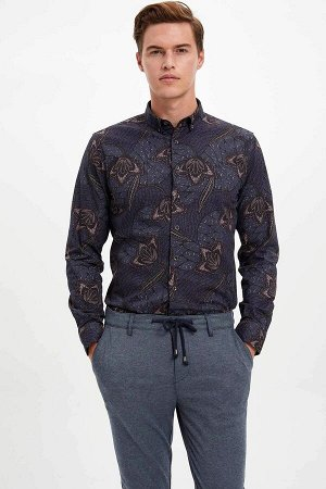 рубашка Размеры модели: рост: 1,89 грудь: 98 талия: 80 бедра: 95 Надет размер: M  Хлопок 100%