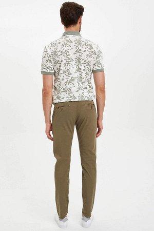 брюки Размеры модели: рост: 1,86 грудь: 96 талия: 82 бедра: 94 Надет размер: размер 32 - рост 32 Elastan 3%, Хлопок 97%