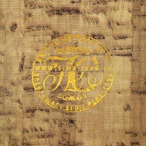 """Сейф-книга дерево кожзам """"Р. Люксембург. Накопление капитала"""" тиснение 17х11х5 см"""