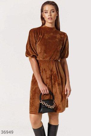 Мягкое платье шоколадного оттенка
