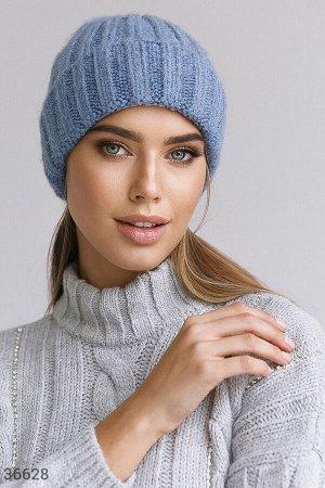 Шерстяная лаконичная шапка-бини