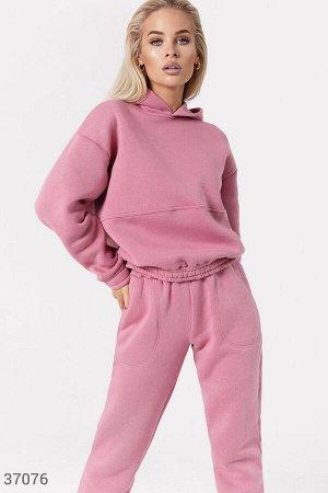 Однотонный розовый костюм с худи