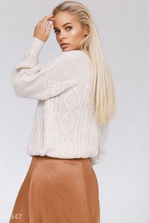 Свободный свитер с бахромой