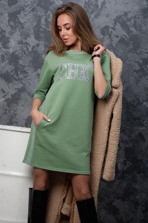 Платье Данный товар можно выбрать по расцветкам: антрацит, светло-зеленый, сухая роза ткань: футер 3-х нитка пенье  состав: 65% хлопок, 35% полиэстер Платье молодёжное в спортивном стиле с принтом, пр