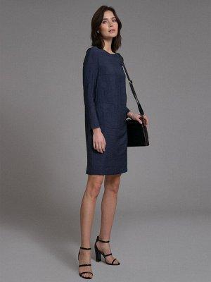 Платье Состав ткани: Вискоза 87%, Нейлон 13% Длина: 91 См. Описание модели Платье темно-синего цвета. Модель прямого кроя, есть подкладка. Имеет круглый вырез горловины, длинные рукава, карманы с лист