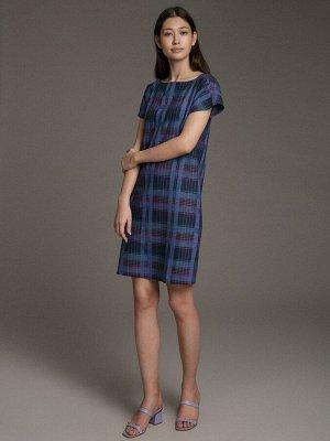 Платье Состав ткани: 47% Хлопок; 37% Вискоза; 16% Лен Длина: 93 См. Описание модели Универсальная клетка. Прямое платье в крупную неброскую клетку с небольшим пикантным разрезом сзади подойдет к любом