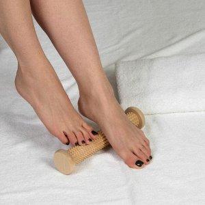 Массажёр для ног «Валик», деревянный, с шипами